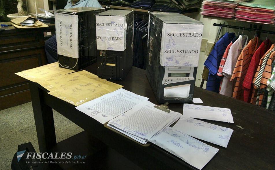 Hay evidencia digital en las computadoras secuestradas durante los cinco allanamientos. - Foto: Fiscalía Federal de Corrientes