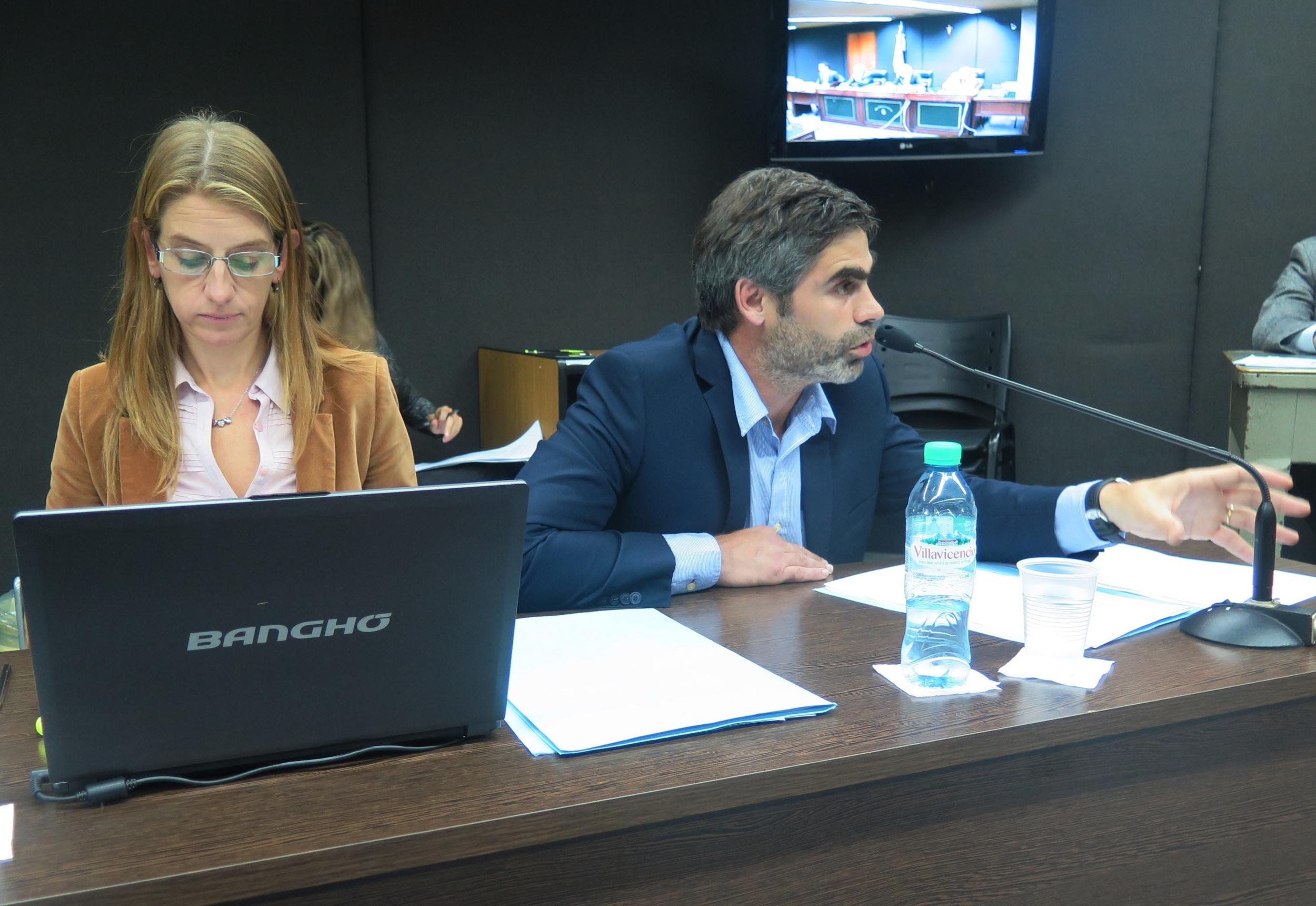 Maria Egenia Montero y Juan Manuel Portela representaron a la Fiscalía.  - Foto: Belén Cano / Fiscalía General de Mar del Plata.
