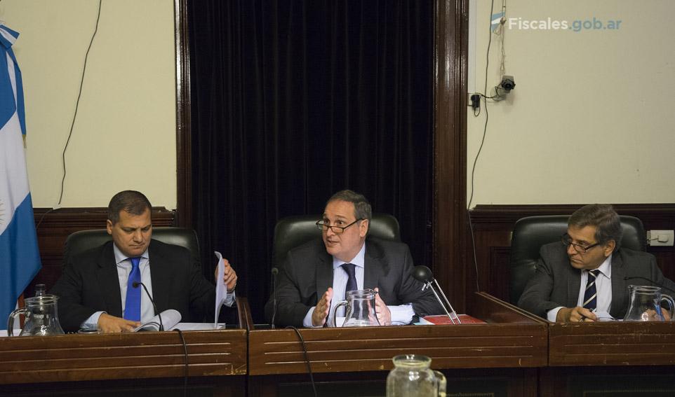 El tribunal está compuesto por Gustavo Rofrano, Gabriel Vega y Gustavo Valle. - Fotos: Claudia Conteris/Ministerio Público Fiscal/www.fiscales.gob.ar