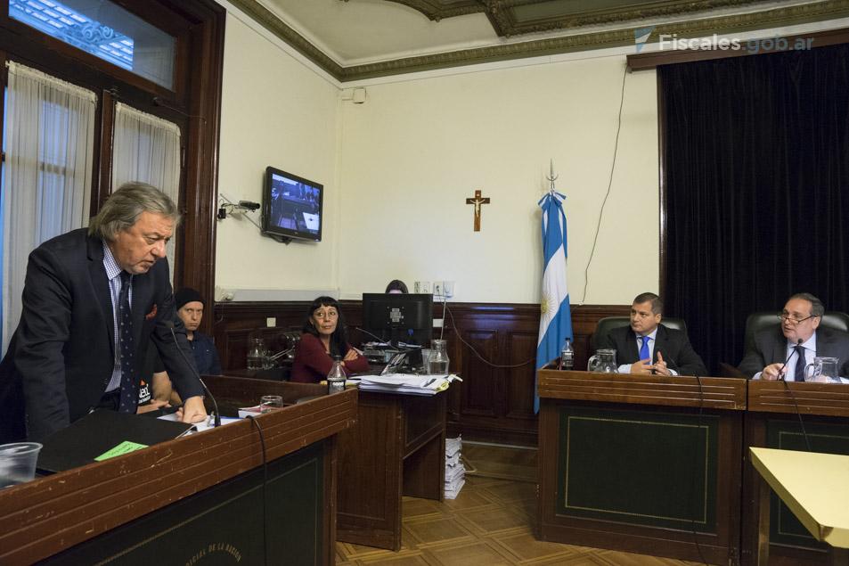 El fiscal Oscar Ciruzzi lleva adelante la acusación pública.  - Fotos: Claudia Conteris/Ministerio Público Fiscal/www.fiscales.gob.ar