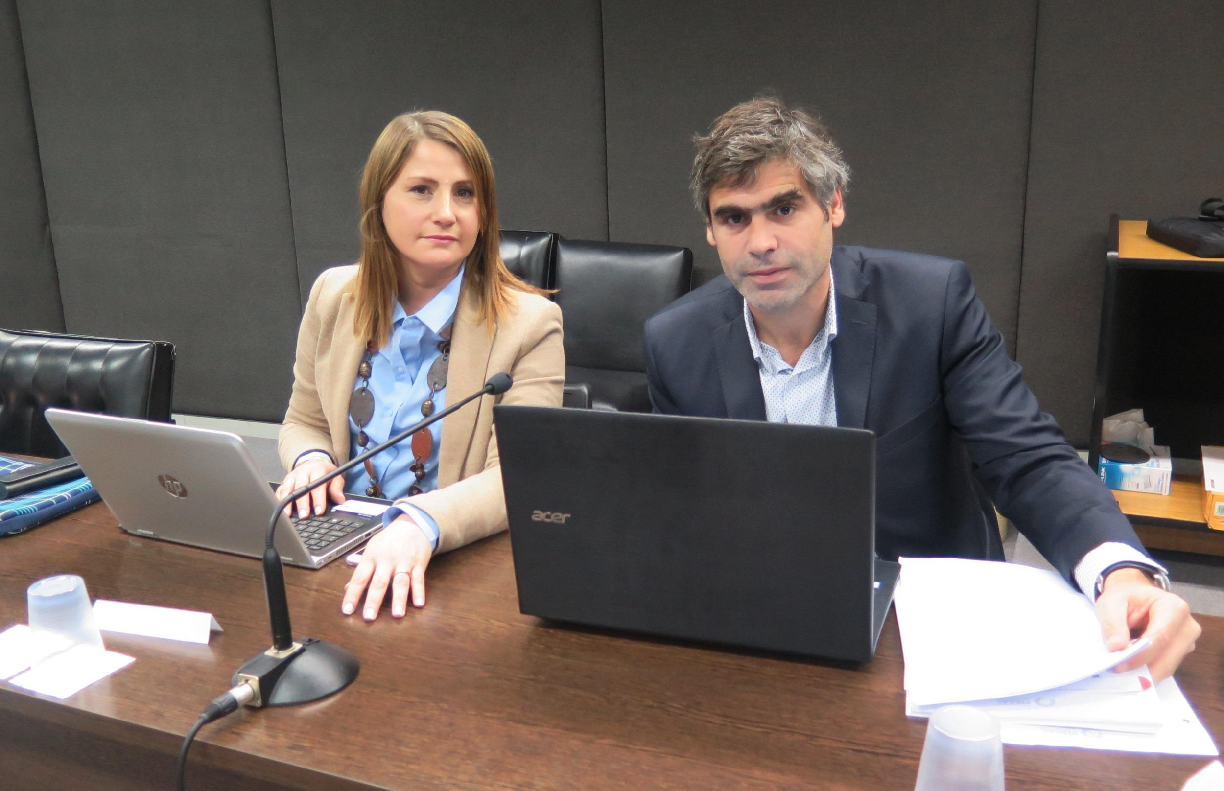 Los fiscales María Ángeles Ramos y Juan Manuel Portela. - Foto: Belén Cano / Fiscalía General de Mar del Plata