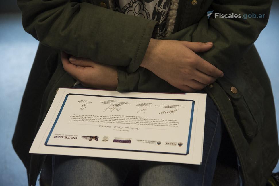 Fotos de la entrega en Barracas. - Foto: Claudia Conteris/ Ministerio Público Fiscal/www.fiscales.gob.ar