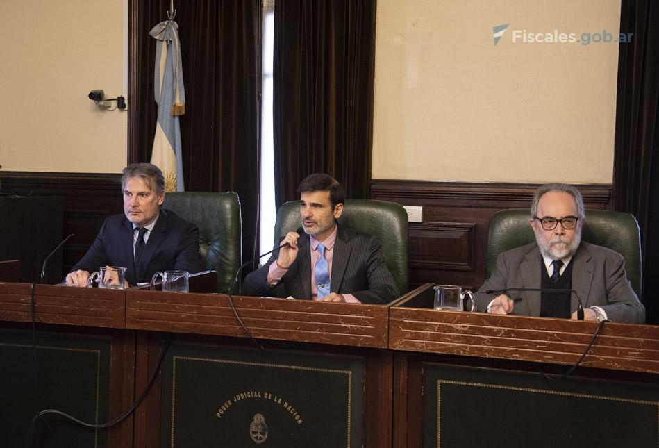 El tribunal que lleva adelante el debate oral. - Foto: Claudia Conteris/ Ministerio Público Fiscal/www.fiscales.gob.ar