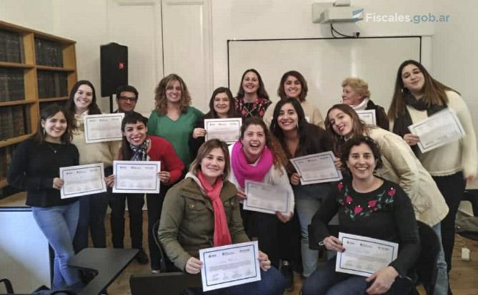Se entregaron certificados en Azul, provincia de Buenos Aires. -