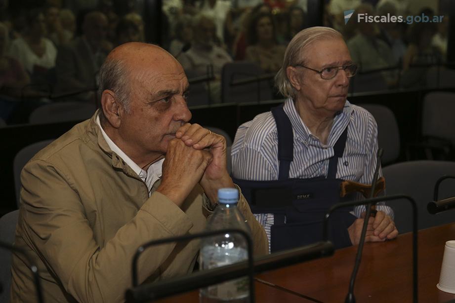 Raúl Antonio Guglielminetti (izquierda), ex integrante del Batallón 601, fue condenado a prisión perpetua. - Foto: Matías Pellón/ Ministerio Público Fiscal/www.fiscales.gob.ar