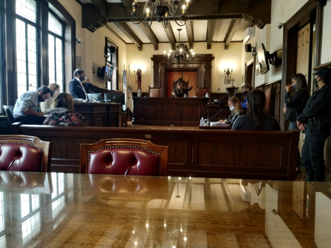 El acuerdo pleno se celebró ante la jueza de Revisión, Mariana Catalano. - Foto: Sebastián Rodríguez / Fiscales.gob.ar