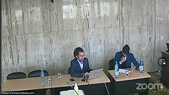 Rodriguez Infante expone en la sala de audiencias. El alegato fue transmitido por el Canal de Youtube del Poder Judicial de la Nación.  -